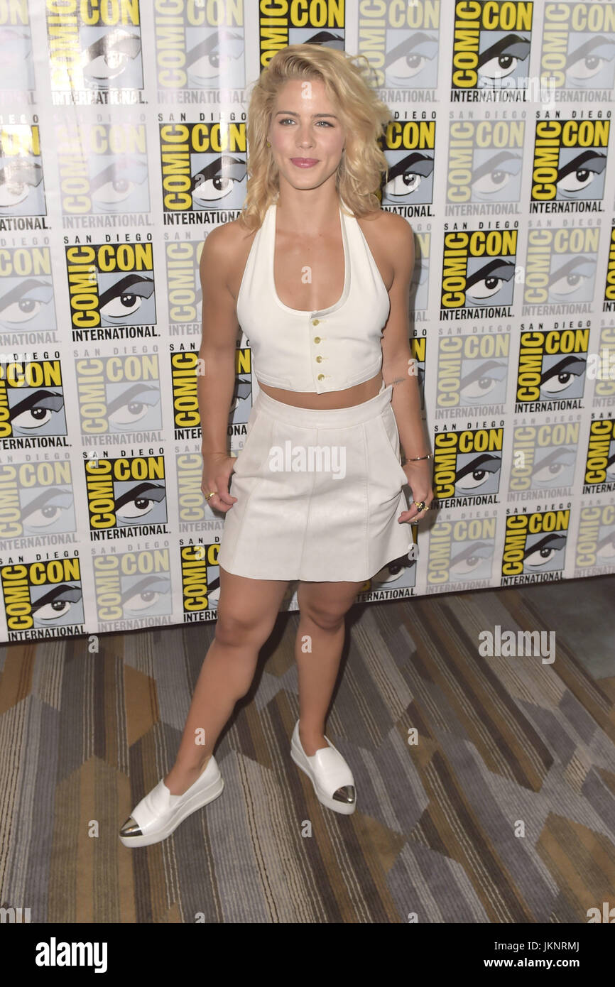 Actor Emily Bett Rickards at the Arrow Press Line during