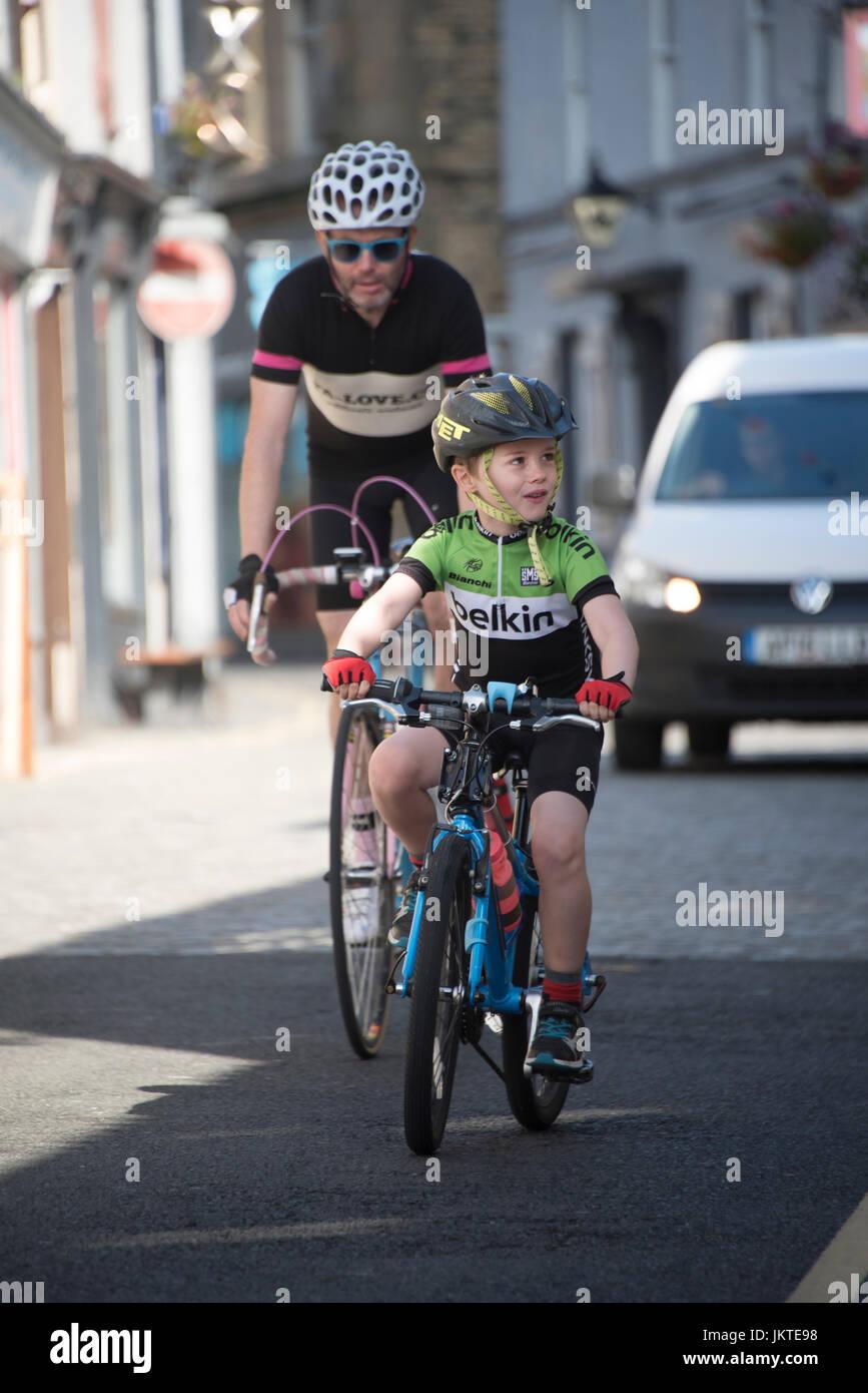 7c9b83da0 Start Em Young Stock Photos & Start Em Young Stock Images - Alamy