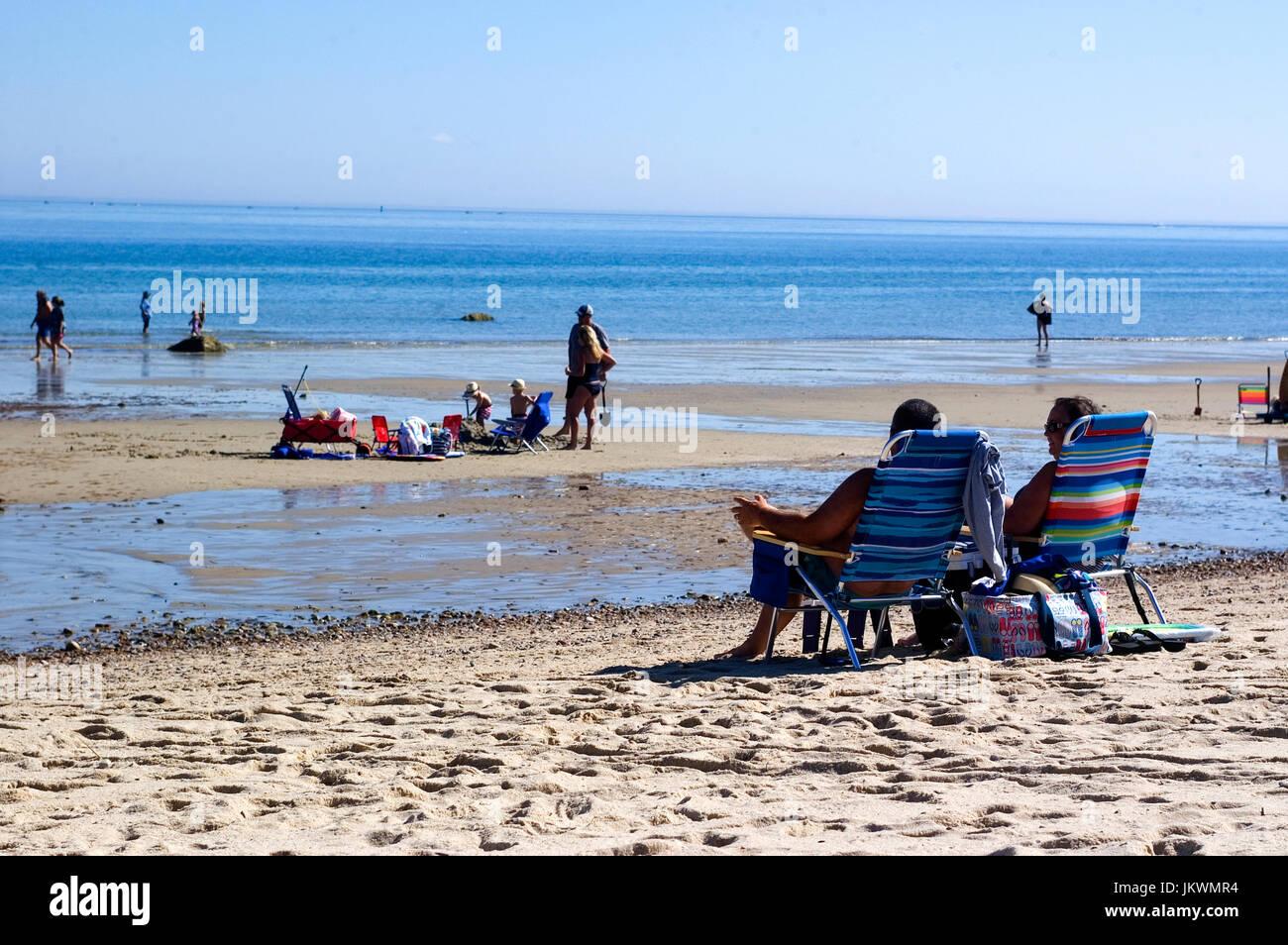 Mid morning on Howe's Beach - Dennis, Massachusetts on Cape Cod - Stock Image