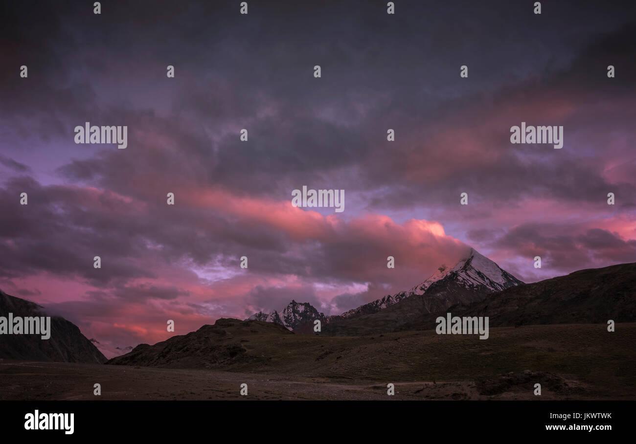 Sunset near Chandra Taal - Stock Image
