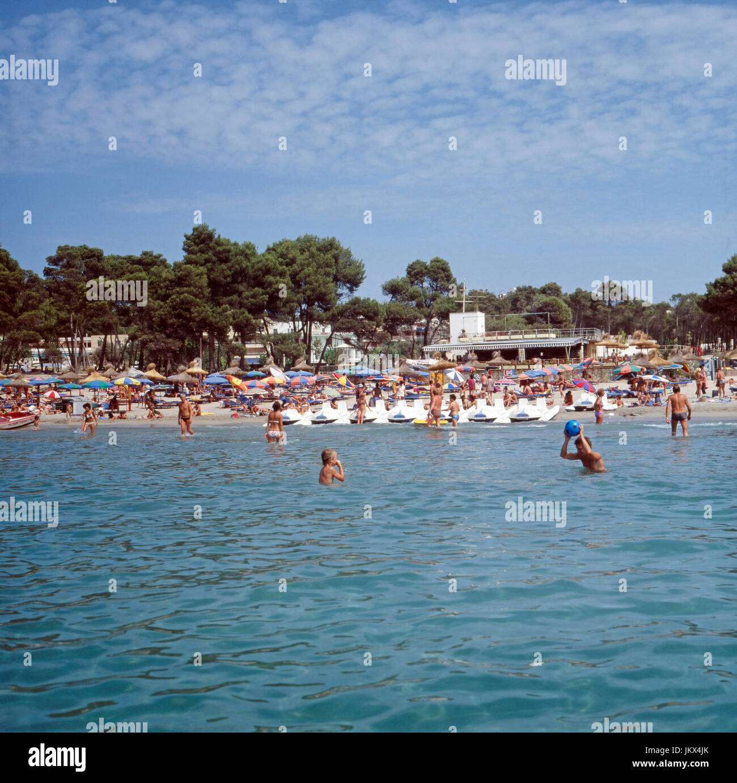 Muttermund Auf Mallorca: Baleareninsel Stock Photos & Baleareninsel Stock Images