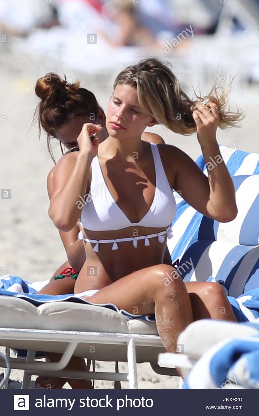 Caroline Lowe Nude Photos and Videos advise