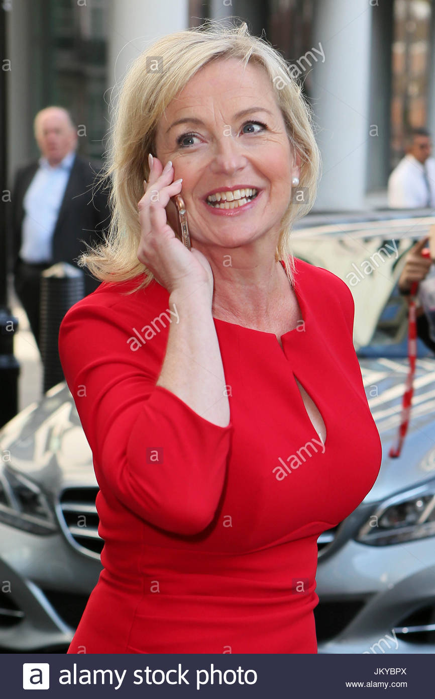 Carol kirkwood bbc weather girl carol kirkwood leaving for The kirkwood