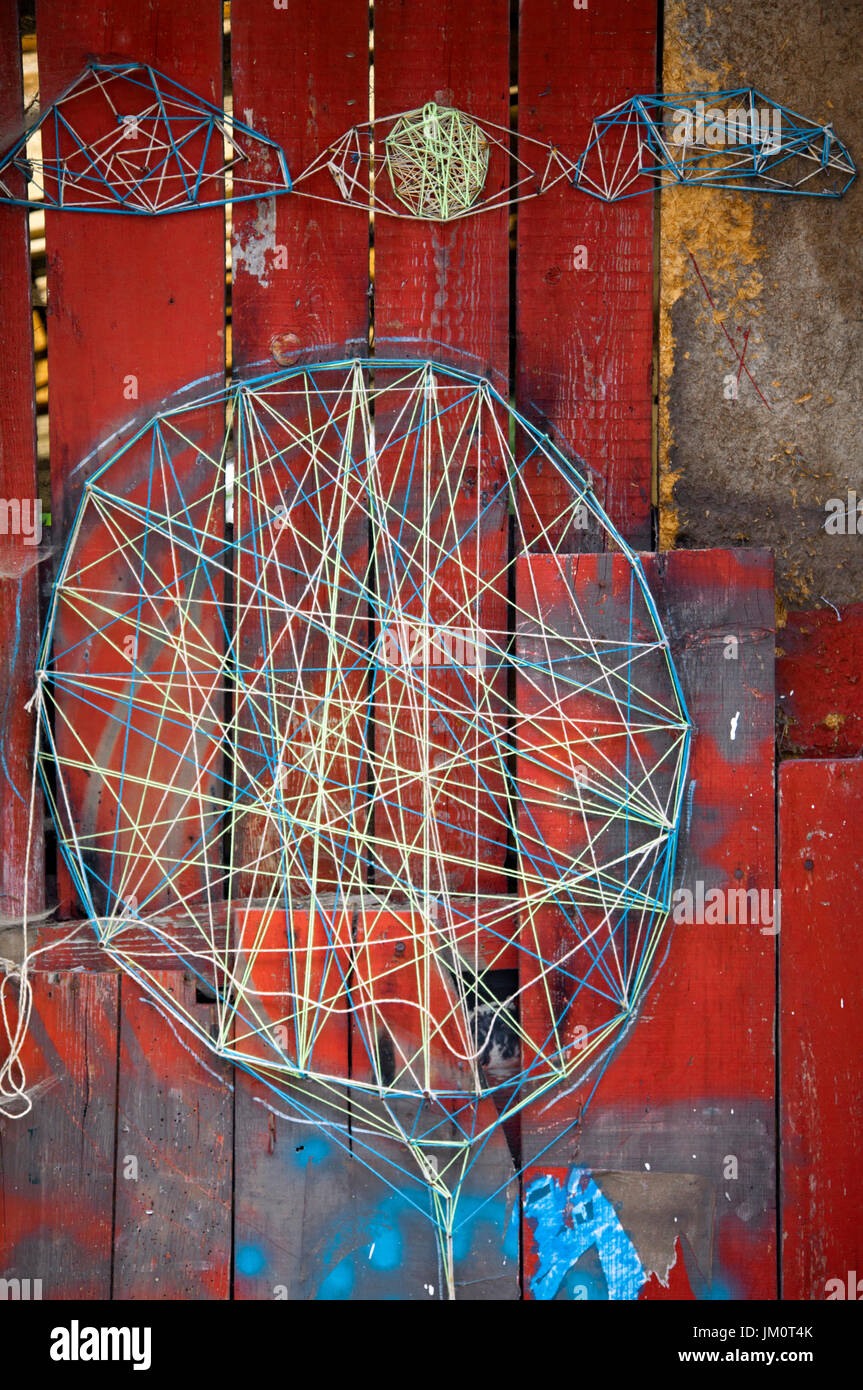 Wire Street Art Dreamcatcher in Porto - Portugal - Stock Image