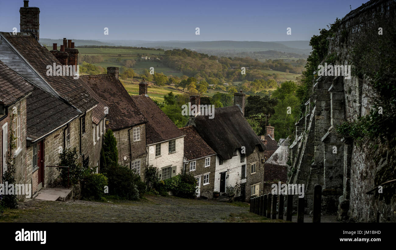 Gold Hill Shaftsbury - Stock Image