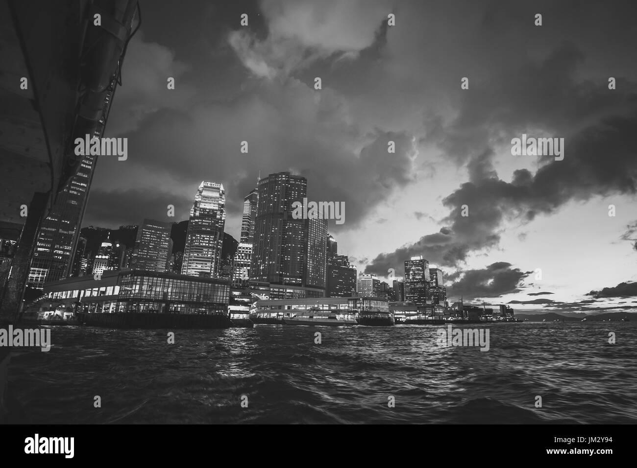 Hong Kong Victoria Harbor at blue hour - Stock Image