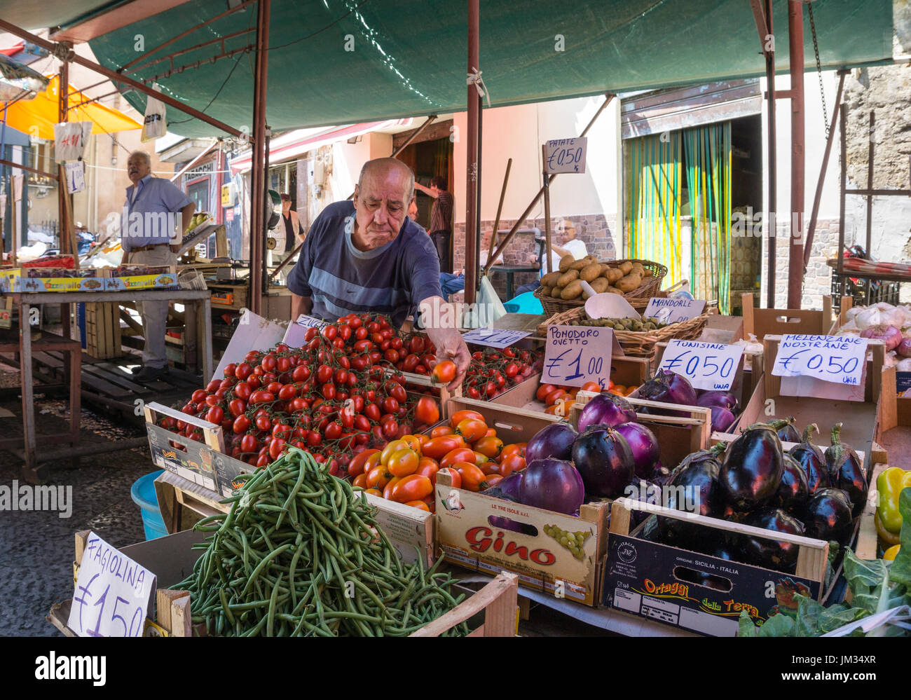 Fruit and egetable stall in The Ballaro Market in the Albergheria district of central Palermo, Sicily, Italy. - Stock Image
