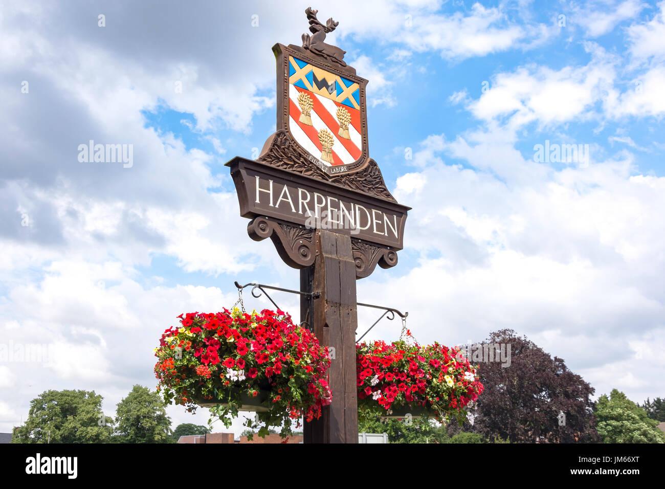 Town sign on Harpenden Common, Harpenden, Hertfordshire, England, United Kingdom - Stock Image