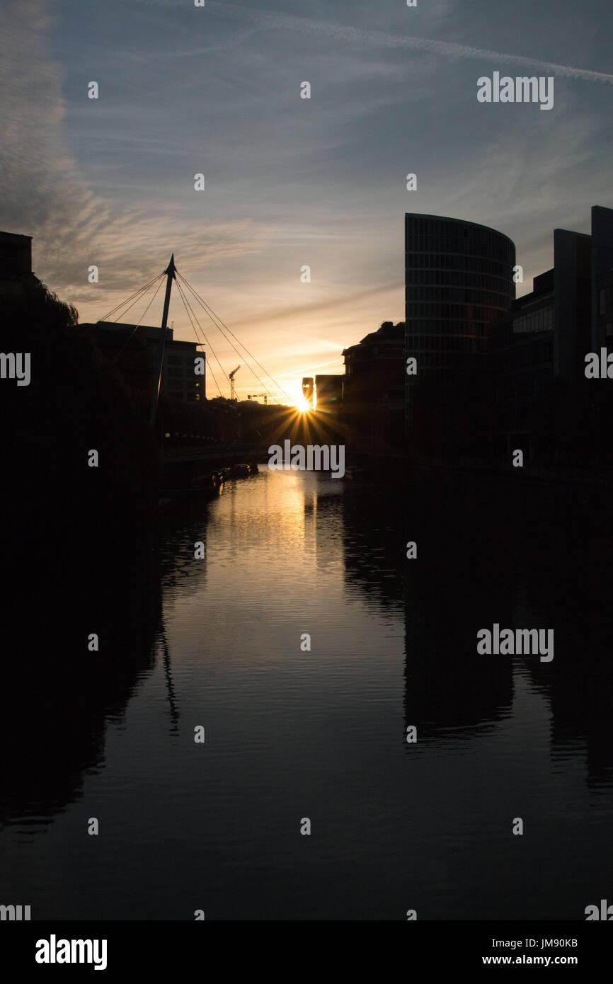 BRISTOL: Sunset near Temple Quay - Stock Image