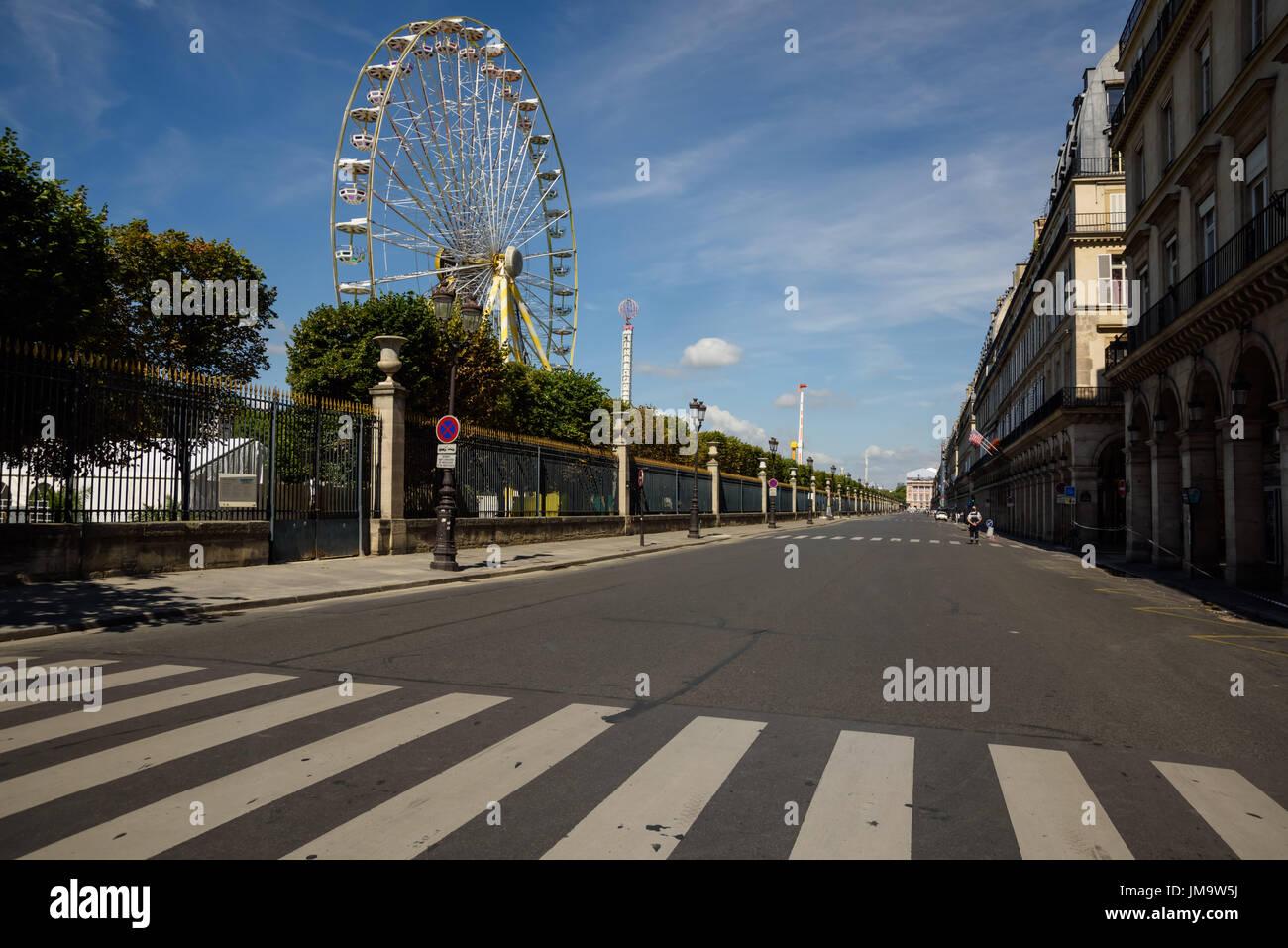 Paris, Rue Rivoli und Tuillerien - Stock Image