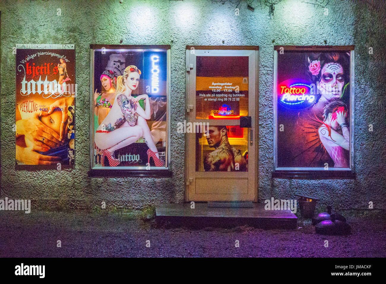 Kjetils Tattoo Studio by night in Rørvik, Nord-Trøndelag County, Norway. - Stock Image