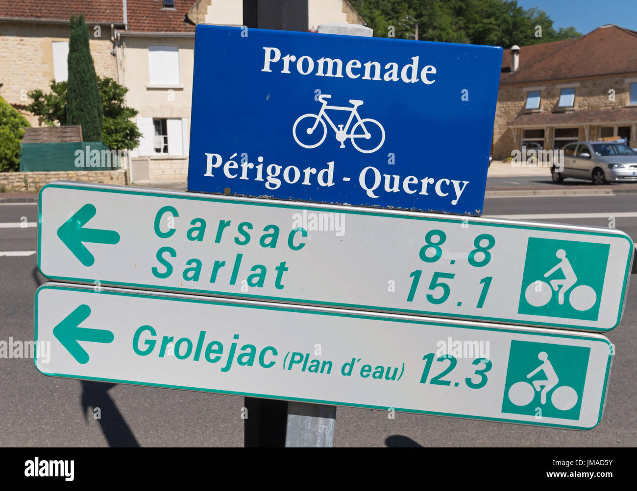 Direction sign on the Promenade Quercy Périgord, or cycle route, France, Europe - Stock Image