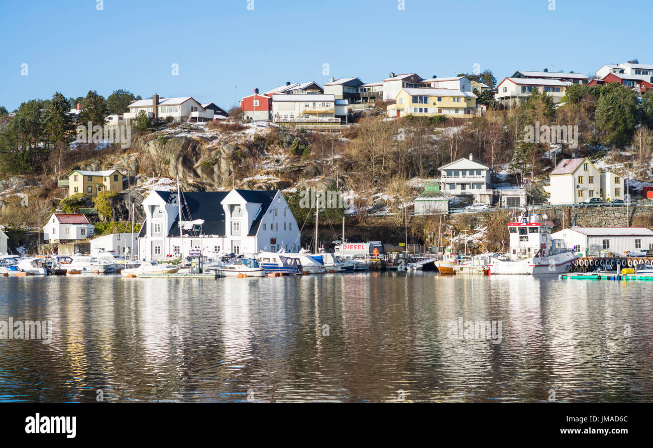 Wooden warehouse on the harbour quayside of the city of Kristiansund, Møre og Romsdal County, Norway. - Stock Image