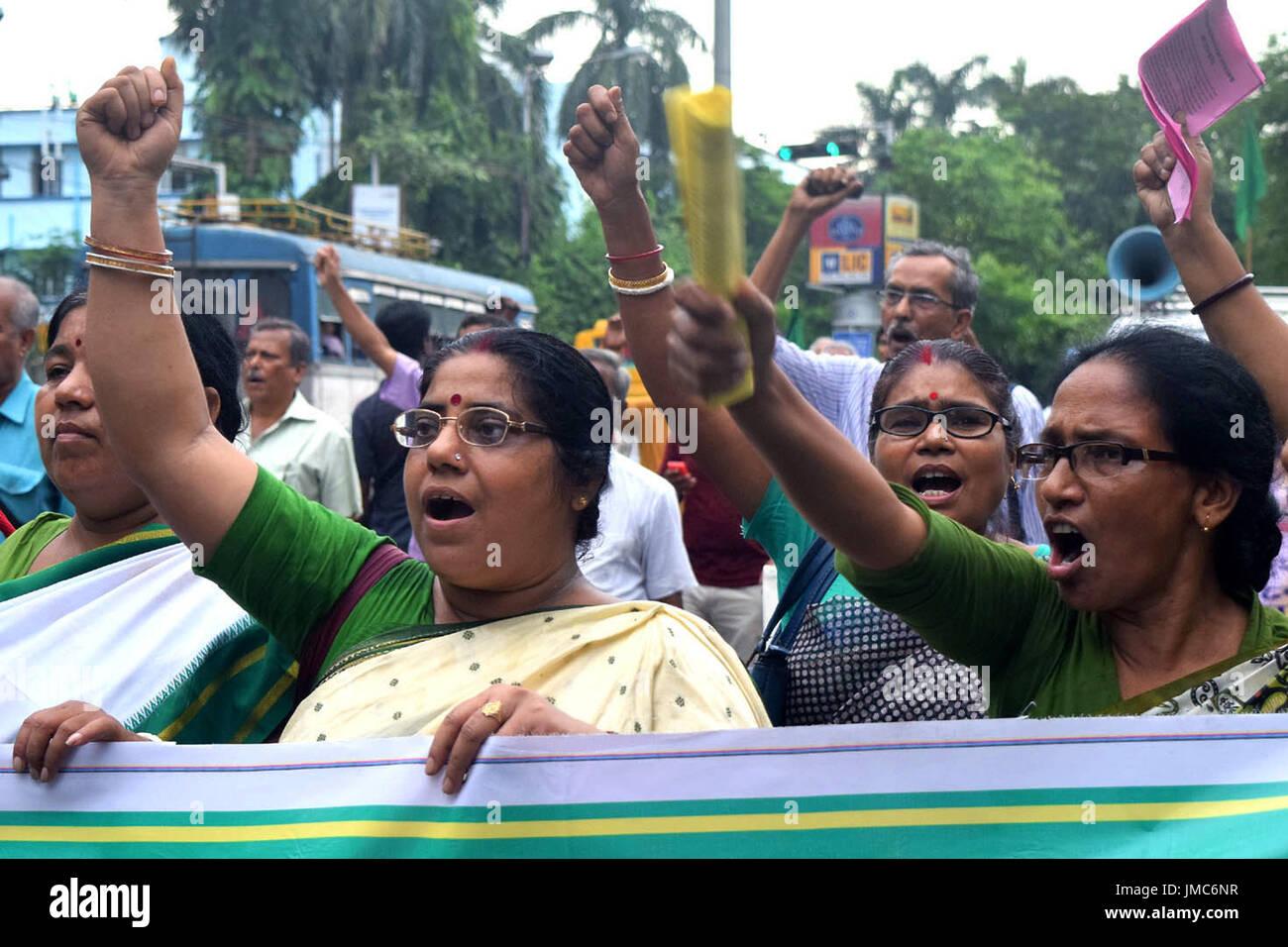 Kolkata, India. 26th July, 2017. Amra Bangali a Bengali activist group holds a rally demanding arrest of Gorkha Jana Mukti leader Bimal Gurung. Credit: Saikat Paul/Pacific Press/Alamy Live News - Stock Image