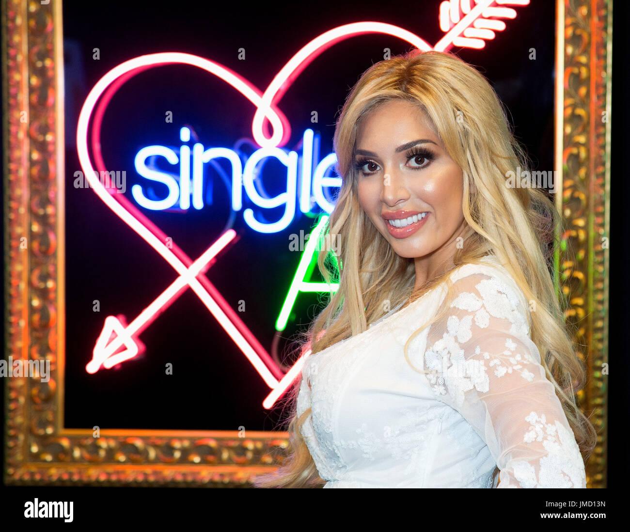 dating singler i London stor og vakker datingside vurderinger