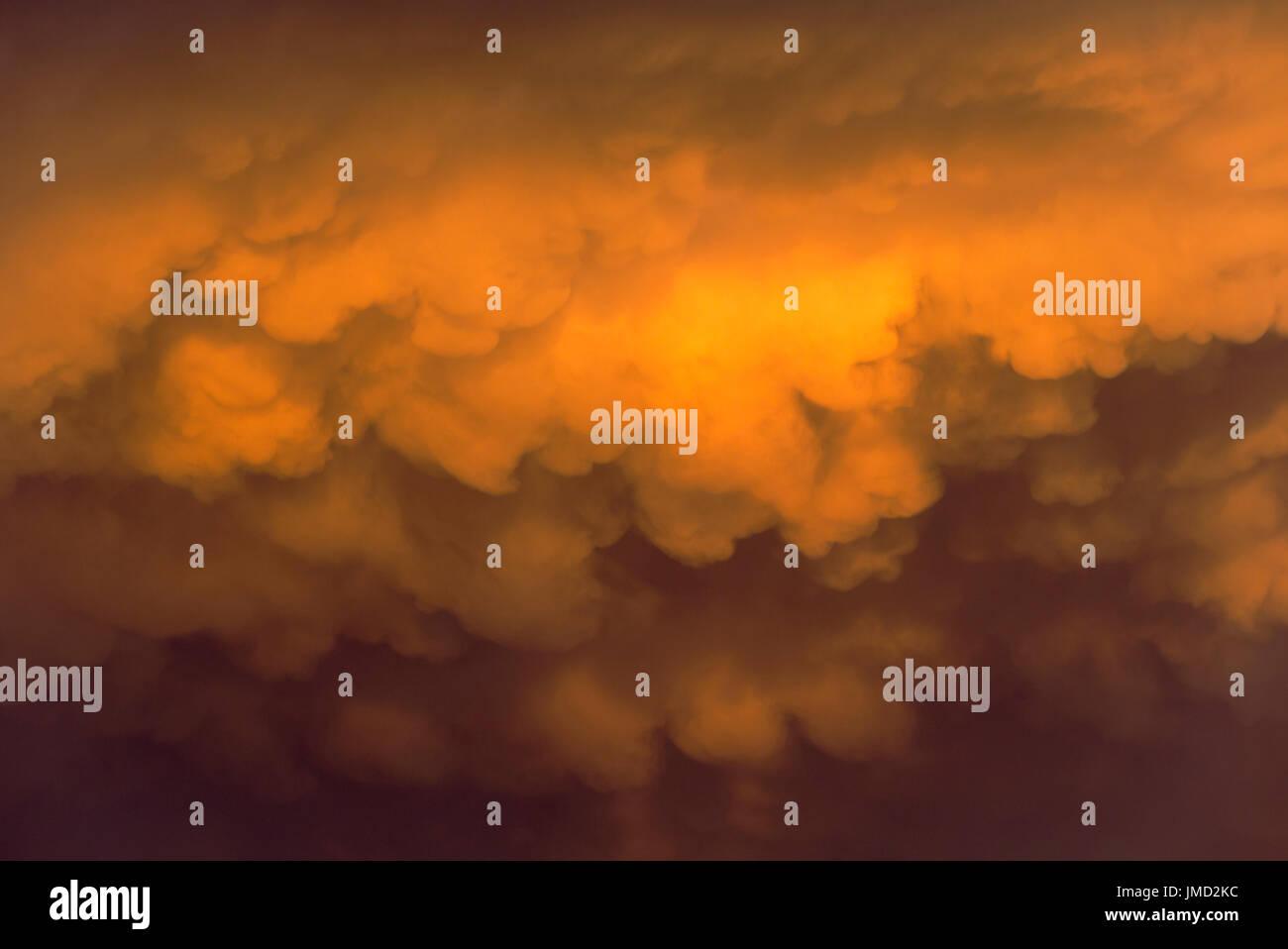 Cumulonimbus cloud in the evening during the rainy season. Kalahari Desert, Kgalagadi Transfrontier Park, South Africa. - Stock Image