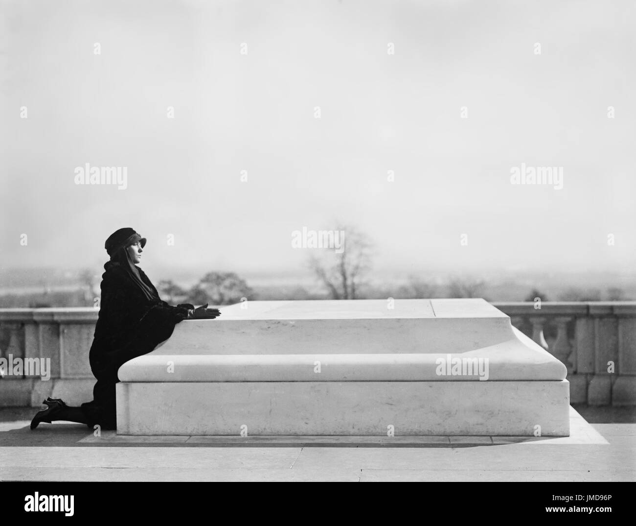 Woman Kneeling at Tomb of Unknown Soldier, Arlington National Cemetery, Arlington, Virginia, USA, Harris & Ewing, Stock Photo