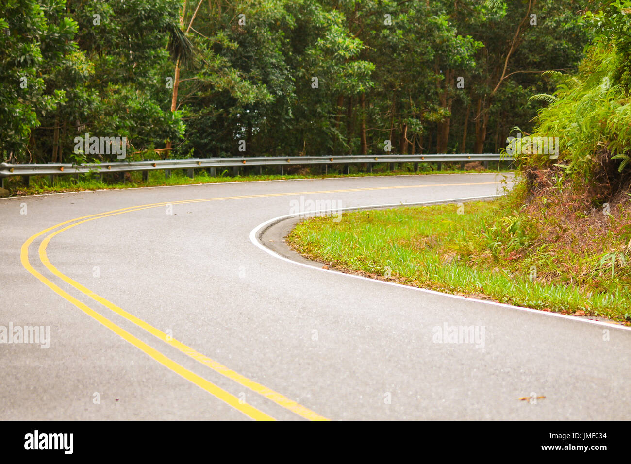 Bend on the road - Stock Image