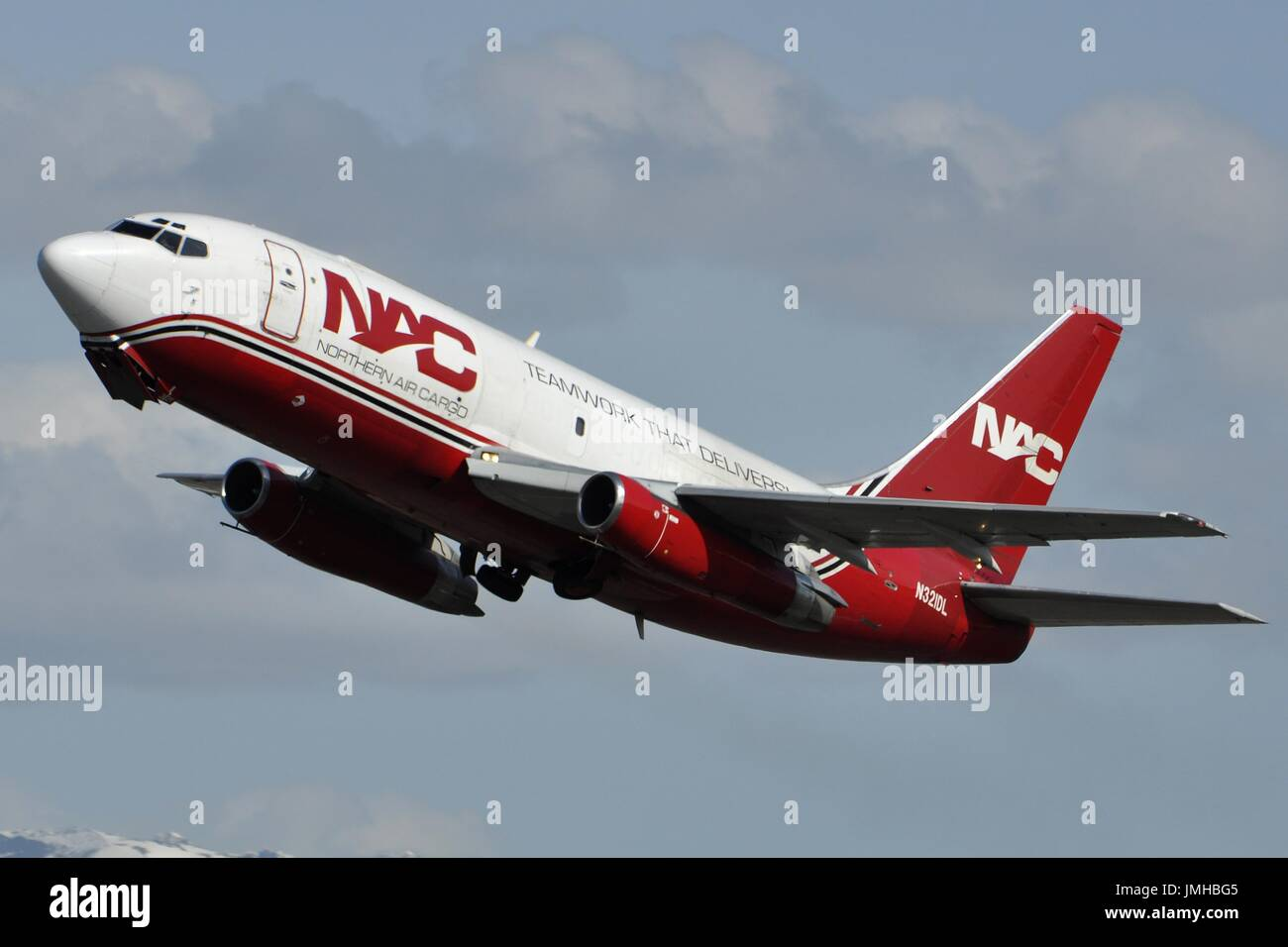 NORTHERN AIR CARGO BOEING 737-200F - Stock Image