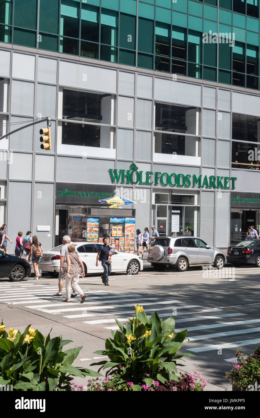 Whole Foods Market at Bryant Park, NYC, USA - Stock Image
