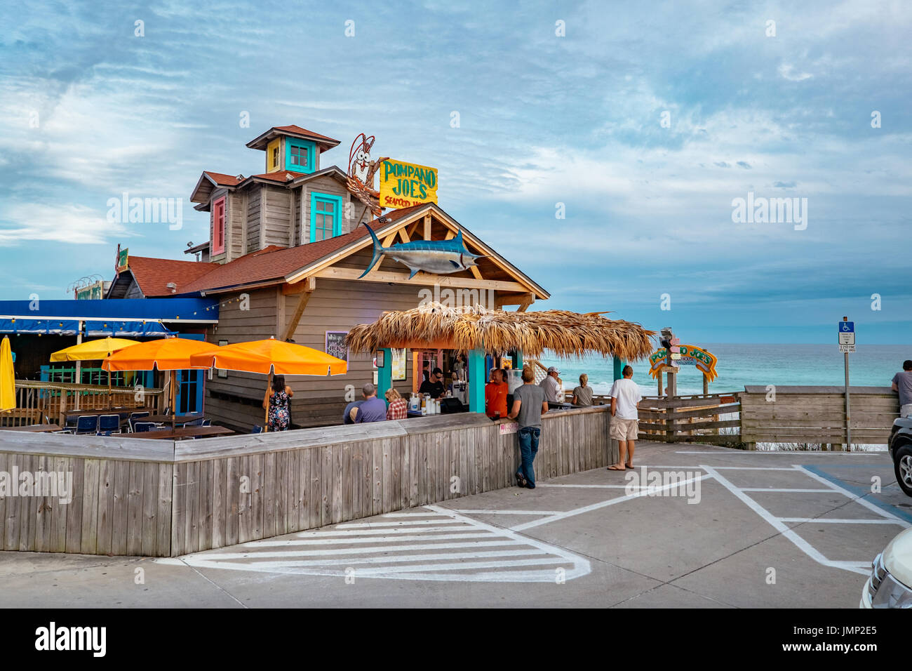 Pompano Joe's restaurant and bar, at Miramar Beach, just east of Destin, Florida, on the Gulf of Mexico, USA. - Stock Image