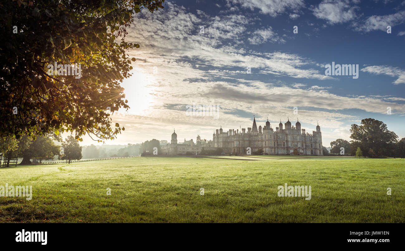 The sixteenth century Elizabethan Burghley mansion house built by William Cecil in 1555. Near Stamford, Lincolnshire and taken at dawn in Autumn. - Stock Image