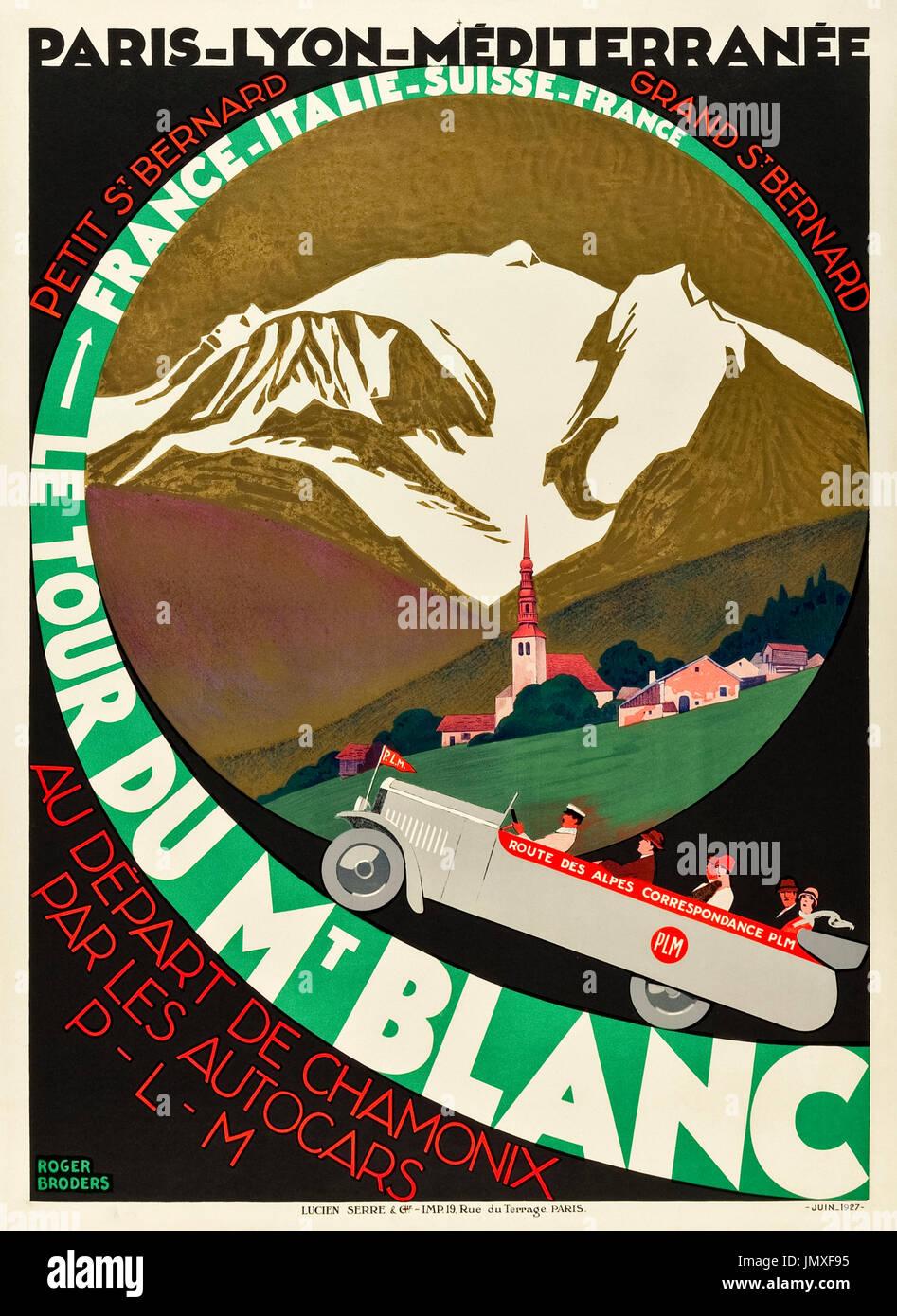 'Le Tour Du Mt Blanc – Route des Alpes' 1927 Tourism Poster featuring tour passengers enjoying the Great Alpine Stock Photo