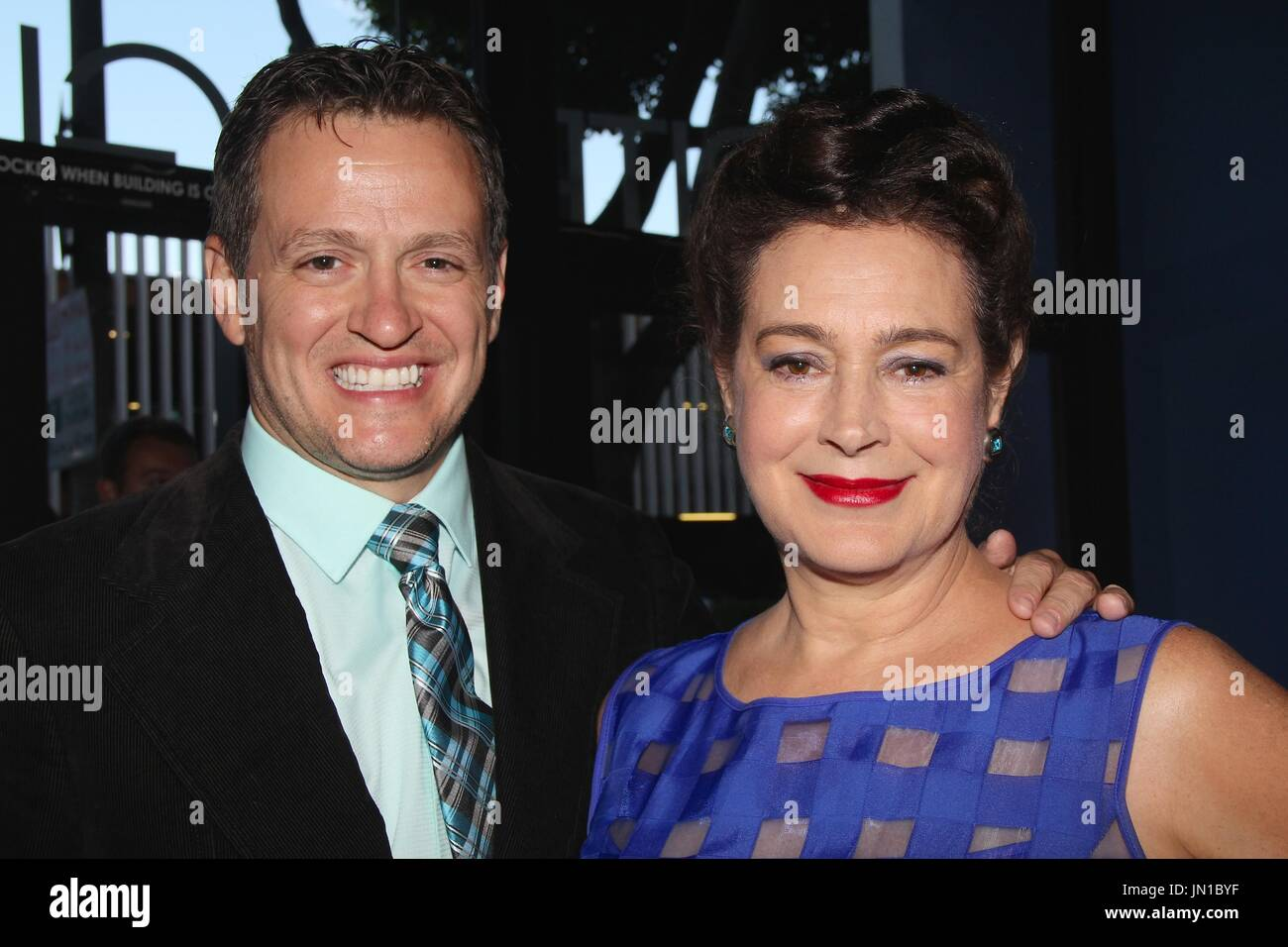 Hollywood, California, USA. 27th July, 2017. I15915CHW.''IN VINO: Family Secrets To Die For'' Los Angeles VIP Sneak Preview Screening .Writers Guild Theatre, Beverly Hills, California, USA.07/27/2017.TOM MALLOY (PRODUCER) AND SEAN YOUNG . © Clinton H.Wallace/Photomundo International/ Photos Inc Credit: Clinton Wallace/Globe Photos/ZUMA Wire/Alamy Live News - Stock Image