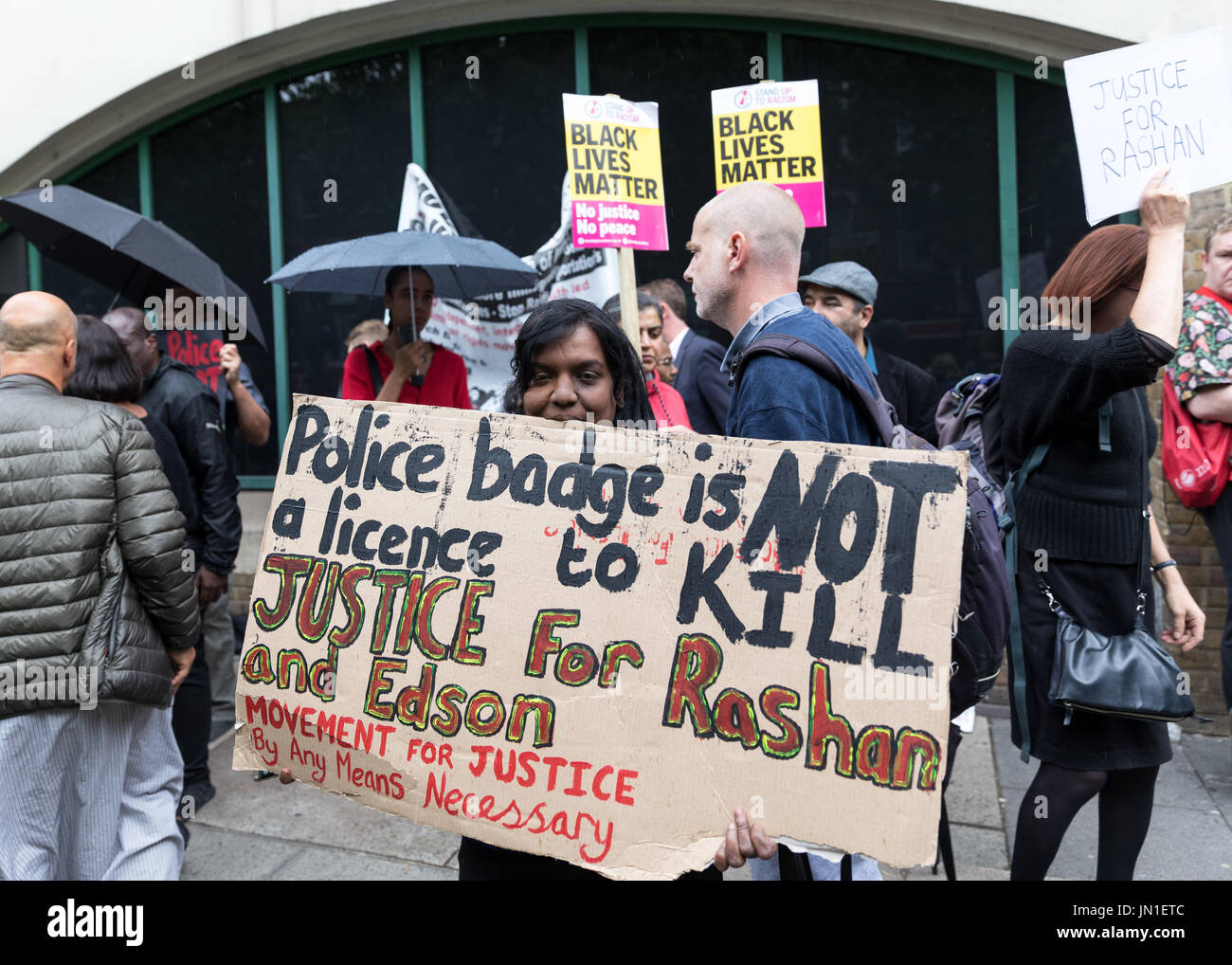 London, UK. 29th July, 2017. Vigil and protest for Rashan Charles outside Stoke Newington Police Station. The fathers of Rashan Charles and Edson da Costs and MP Diane Abbott attended. Credit Carol Moir/Alamy Live News. - Stock Image