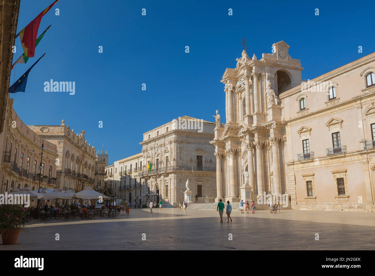 Syracuse Sicily piazza, the Piazza del Duomo on Ortigia island, Syracuse (Siracusa) Sicily. - Stock Image