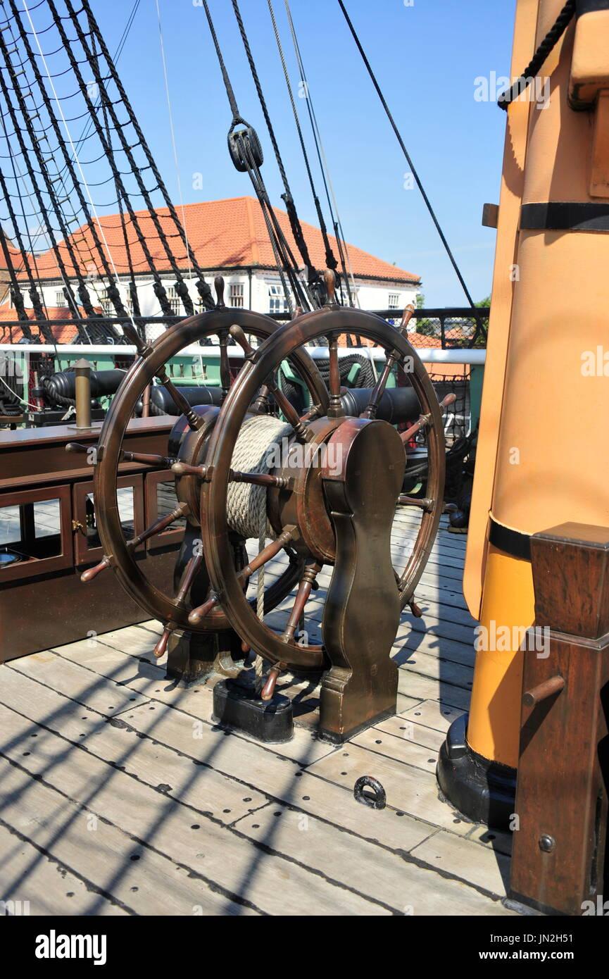 AJAXNETPHOTO. - 19TH JULY, 2016. HARTLEPOOL, ENGLAND. - HISTORICAL SHIP MUSEUM - THE RESTORED 19TH CENTURY FRIGATE HMS TRINCOMALEE (EX T.S.FOUDROYANT, EX TRINCOMALEE.). SHIP'S WHEEL.PHOTO:TONY HOLLAND/AJAXREF:DTH161907_32294 - Stock Image