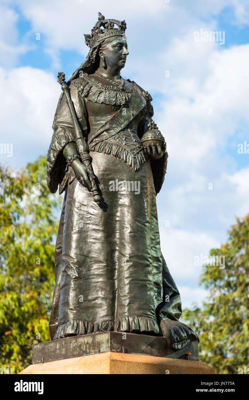 Statue of Queen Victoria on Victoria Square/Reconciliation Plaza in Adelaide, South Australia. Erected 1894. - Stock Image