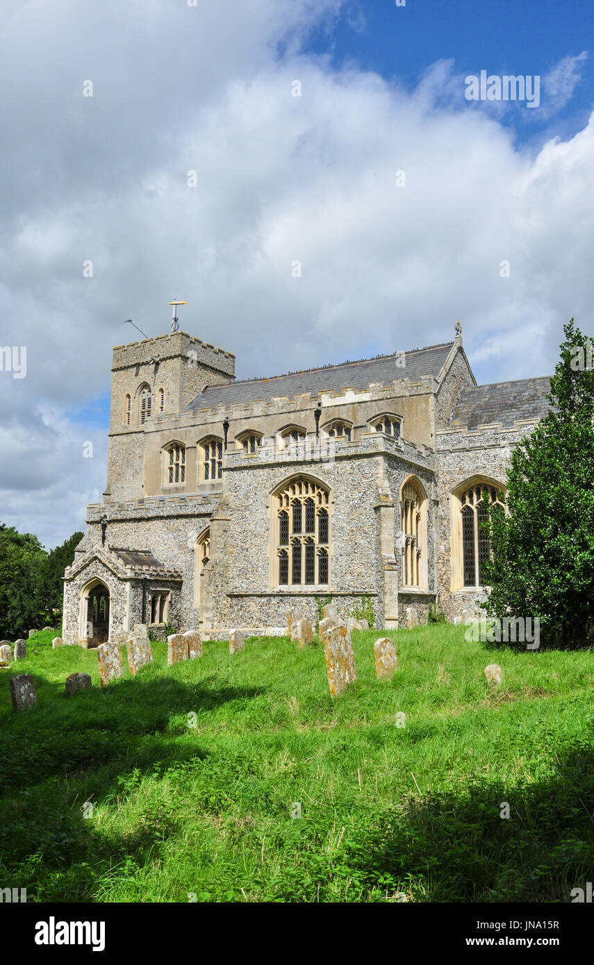 St Peter's Church in the village of Moulton, Suffolk, England, UK Stock Photo