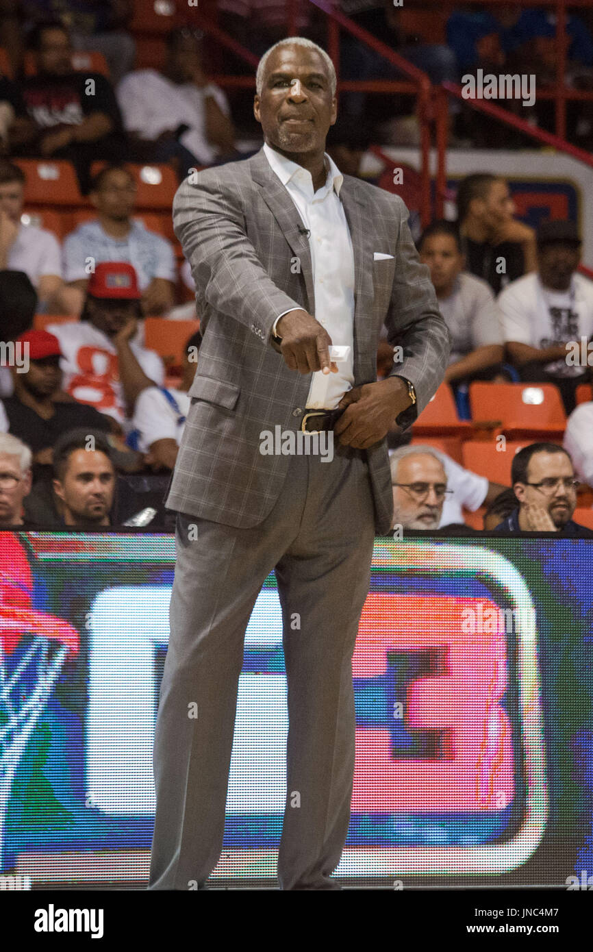 Head coach Charles Oakley Killer 3s stands sidelines pointing during Game #4 against Ghost Ballers Big3 Week 5 3-on-3 tournament UIC Pavilion July 23,2017 Chicago,Illinois. - Stock Image