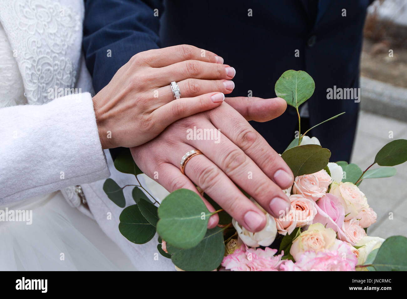 Wedding Vows Ring Stock Photos & Wedding Vows Ring Stock Images - Alamy