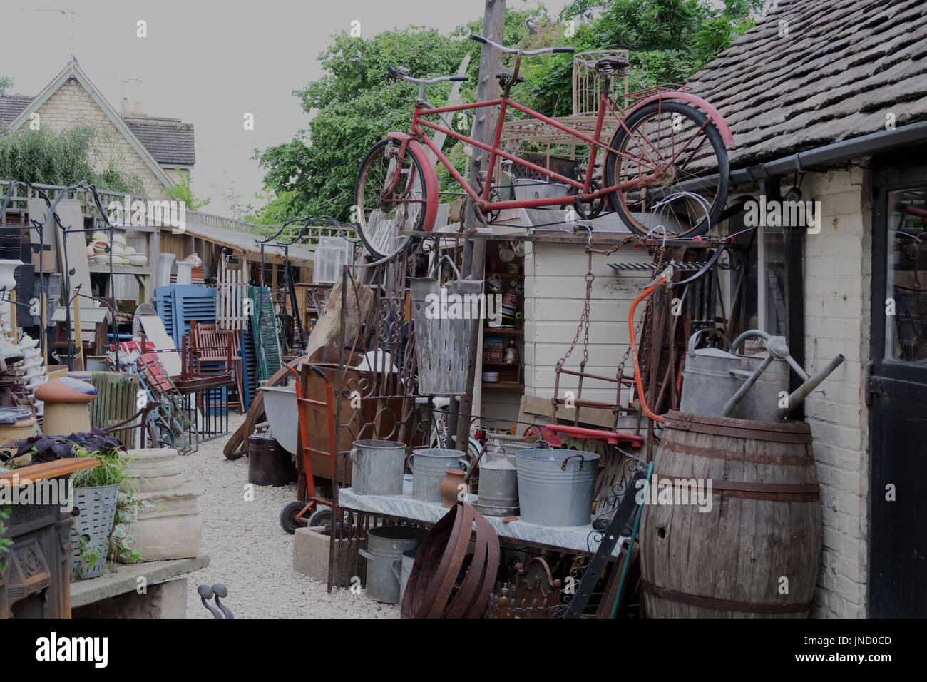 Untidy hoarders yard, Lechlade on Thames Stock Photo
