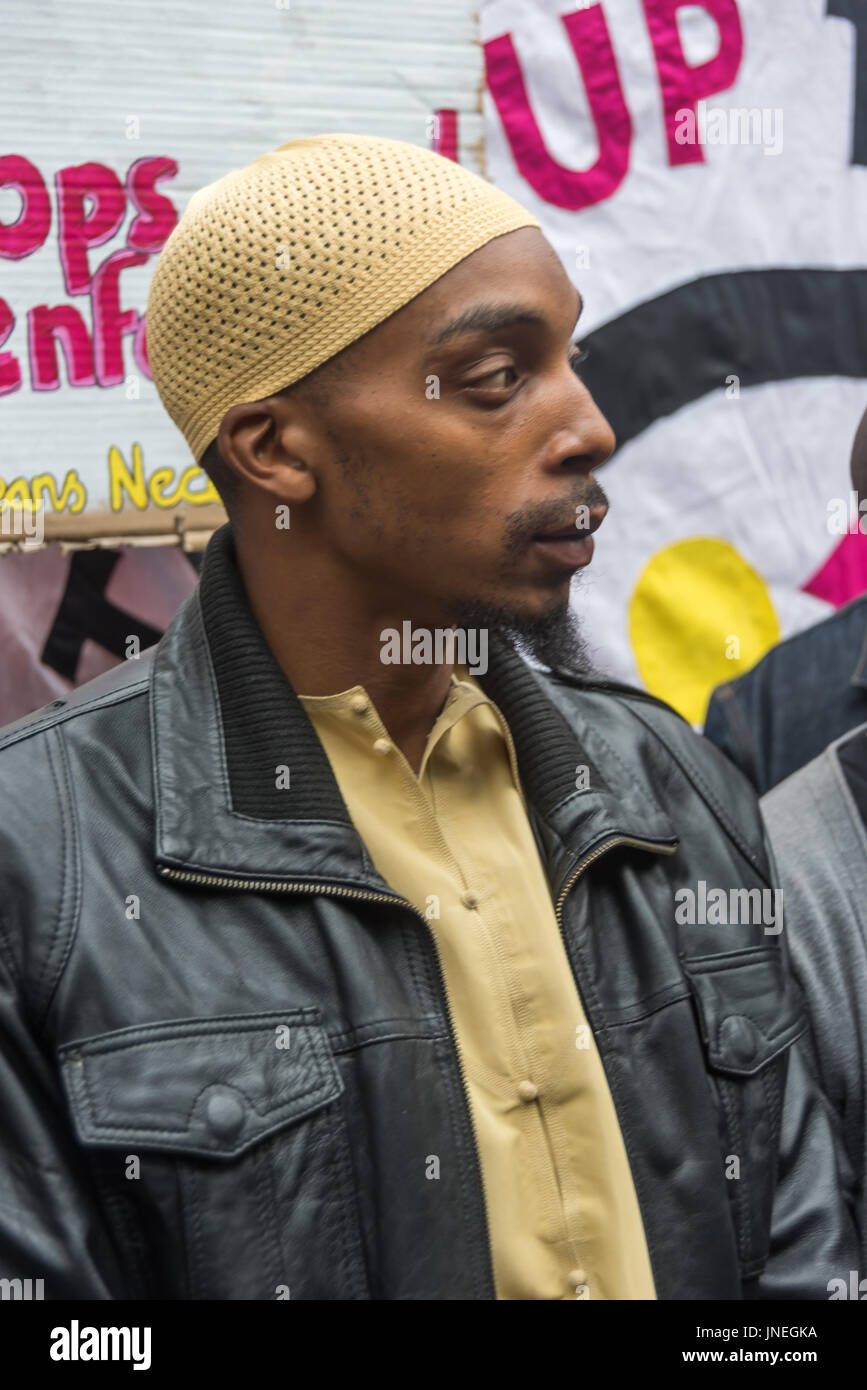 London, UK. 29th July, 2017. London, UK. 29th July 2017. Esa Charles, father of Rashan a the protest outside Stoke - Stock Image