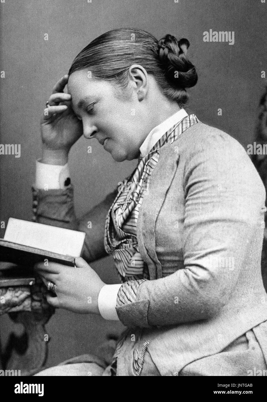 Elizabeth Garrett Anderson (1836-1917), an English physician and feminist and the first Englishwoman to qualify as a physician and surgeon in Britain. Photograph c.1889. - Stock Image