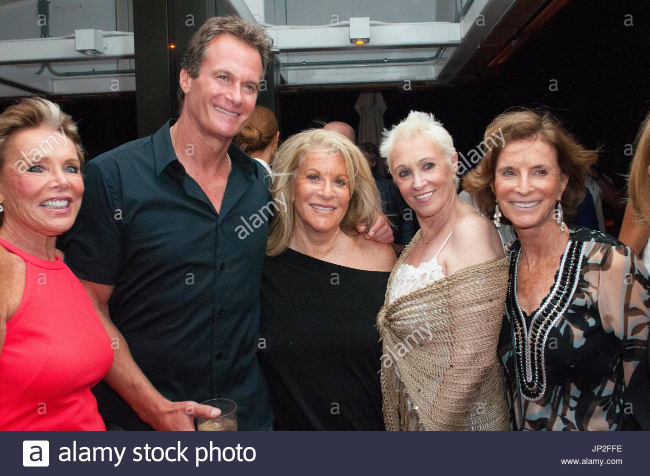 Celebrity Photos, Celebrity Pictures, Celebrity Pics