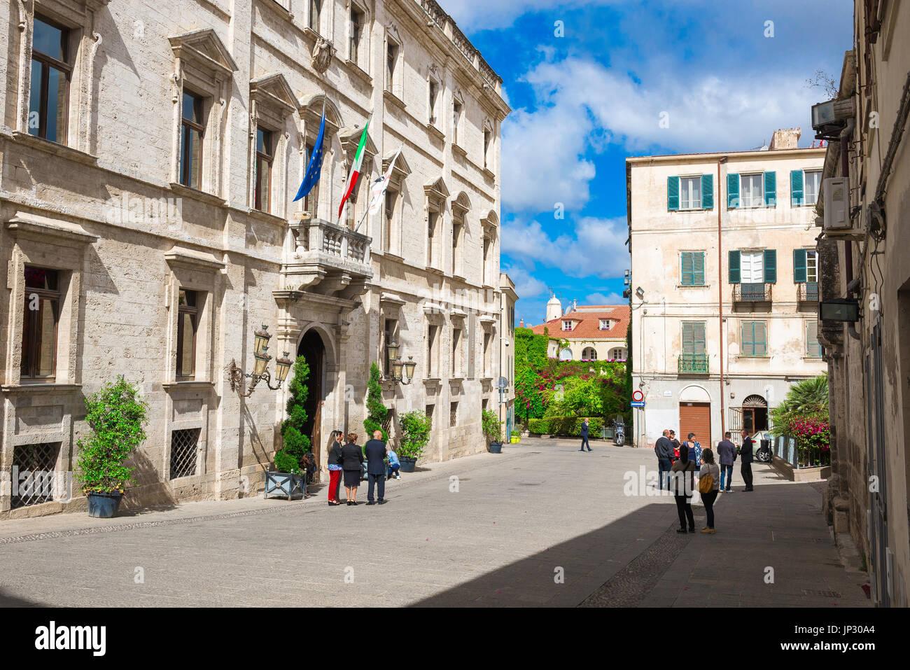 Sassari Sardinia piazza, the Piazza del Comune in Sassari, northern Sardinia, with the Palazzo Ducale on the left. - Stock Image