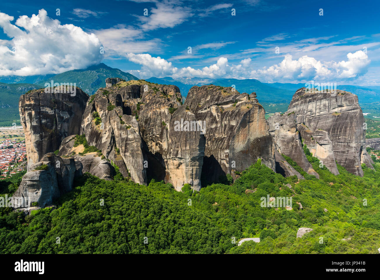 The spectacular massive rocky pinnacles of Meteora, Thessaly, Greece Stock Photo