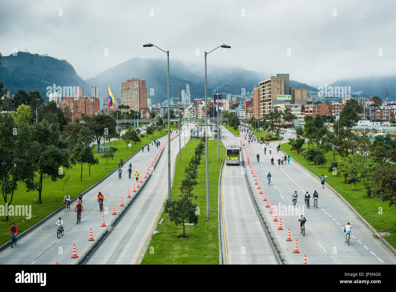 ciclovia in Bogota sees the closure of the main trunk roads to motor vehicles every Sunday from 7am to 2pm. Only cyclists and pedestrians permitted - Stock Image