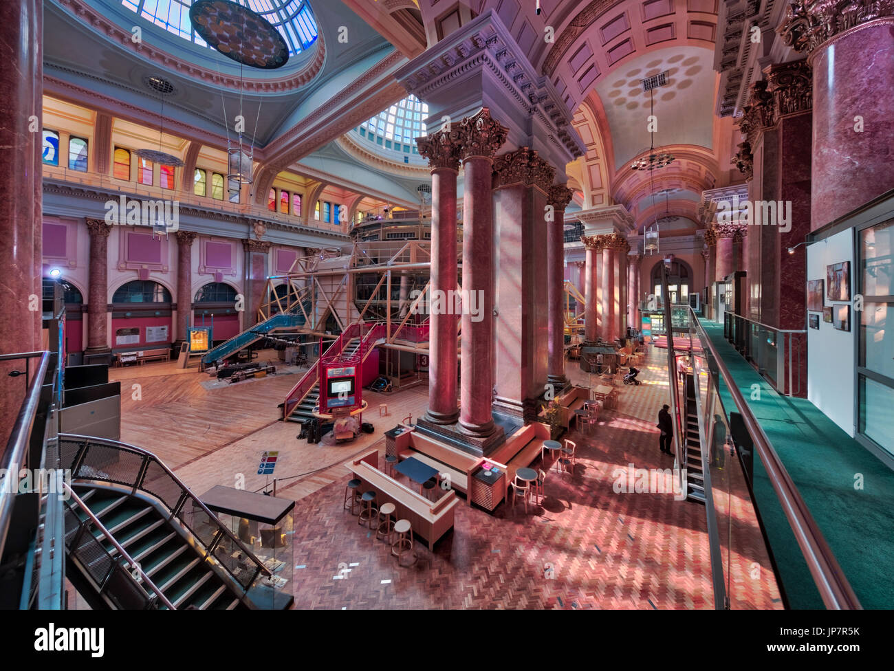"""Interior of the Royal Exchange in Manchester, featuring the """"theatre in the round"""" Stock Photo"""