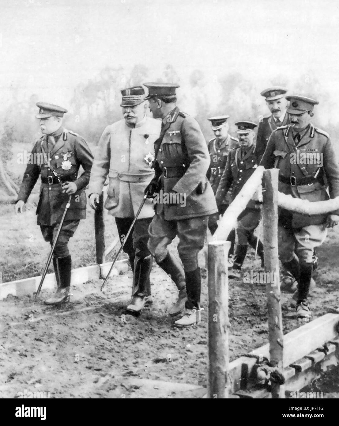 FIRST WORLD WAR  Allied leaders visiting the front line in 1915. From left: John French, Joseph Joffre, Douglas Haig - Stock Image