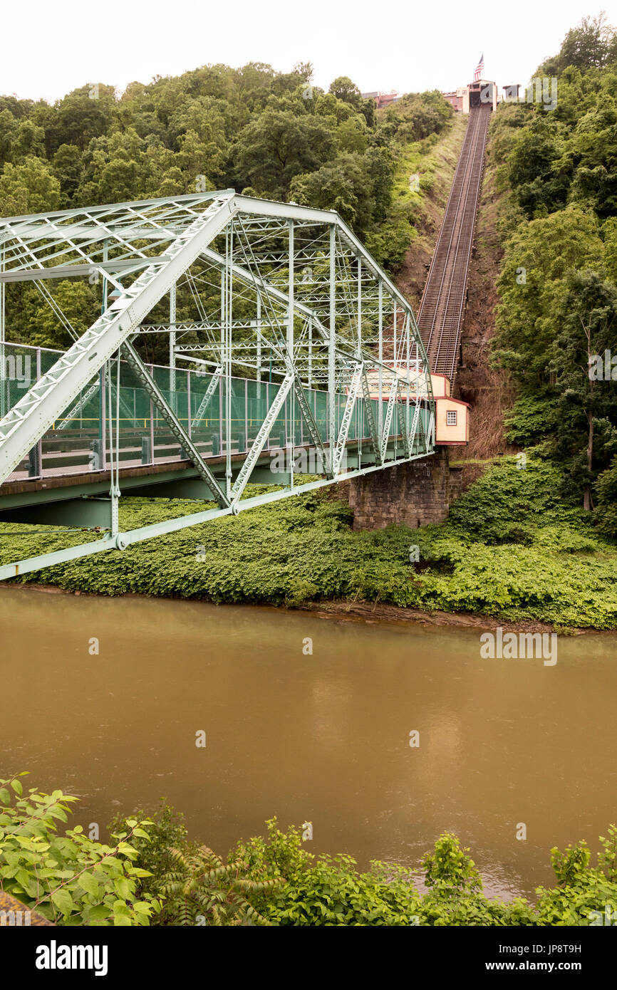 Johnstown, Pennsylvania - The Johnstown Inclined Plane (Johnstown Incline or Johnstown Inclined Railway) takes pedestrians and vehicles up a grade of  - Stock Image
