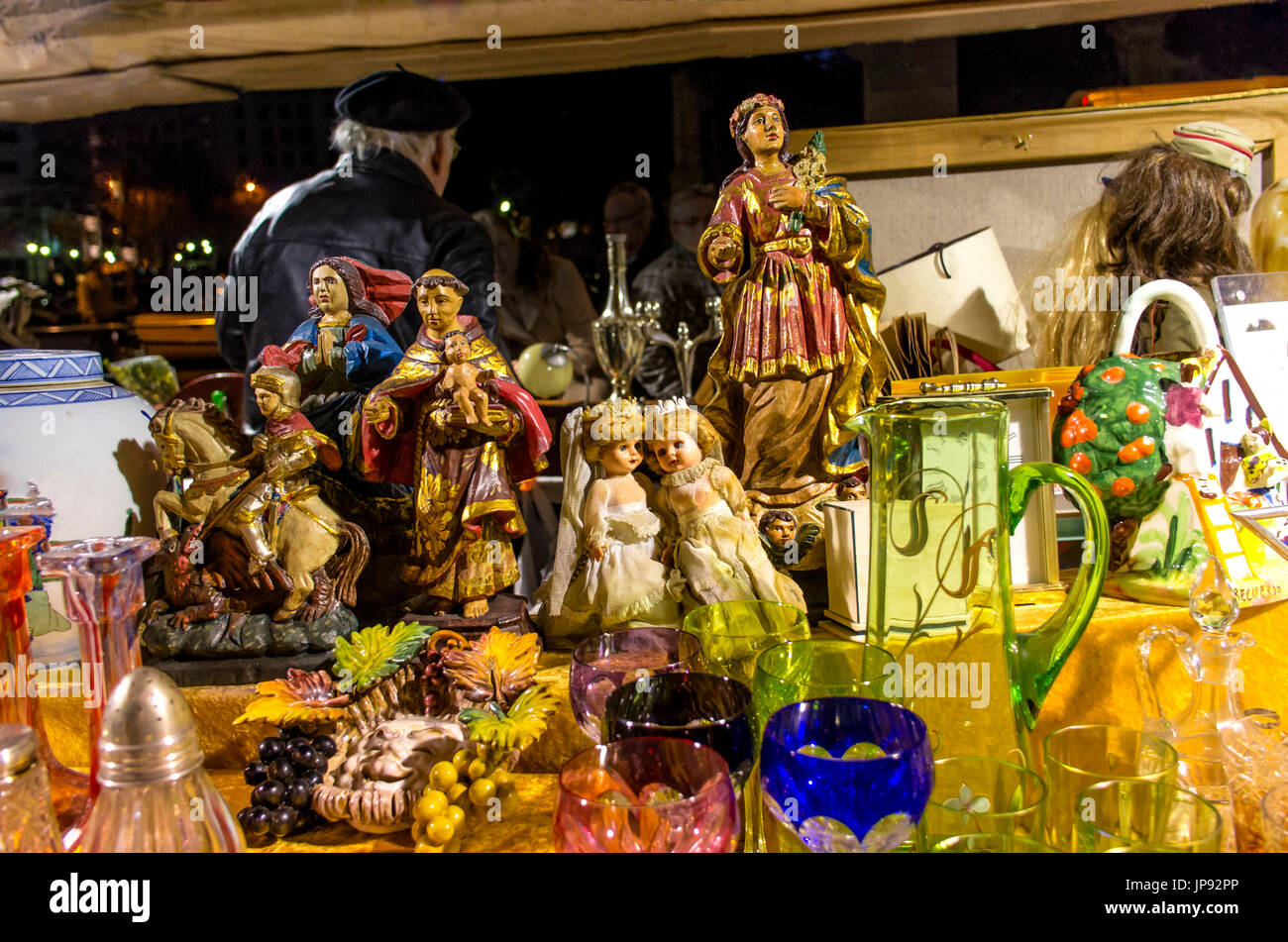 Christmas In Barcelona Spain.Antiques Market Plaza De Catalunya Christmas In Barcelona