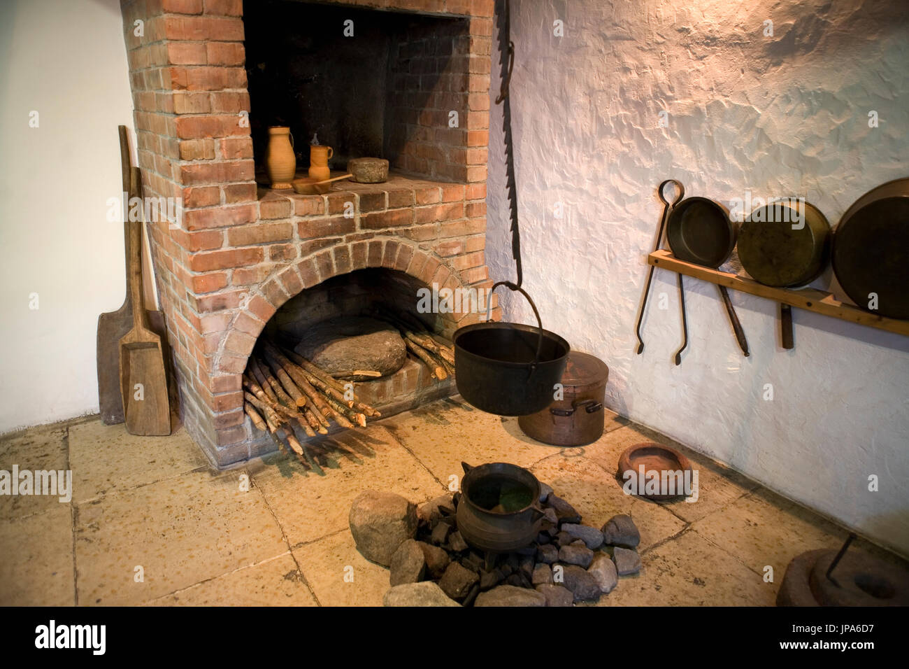Display of traditional kitchen space in the Linnamuuseum, aka Tallinn City Museum, Vene 17, Tallinn, Estonia - Stock Image