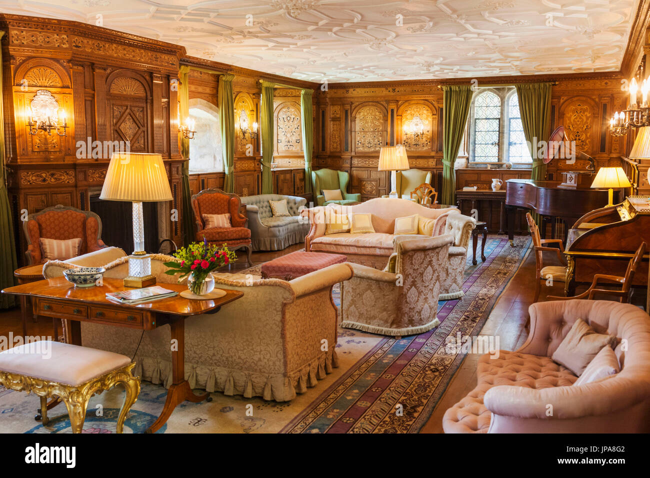 England, Kent, Hever, Hever Castle, The Sitting Room - Stock Image