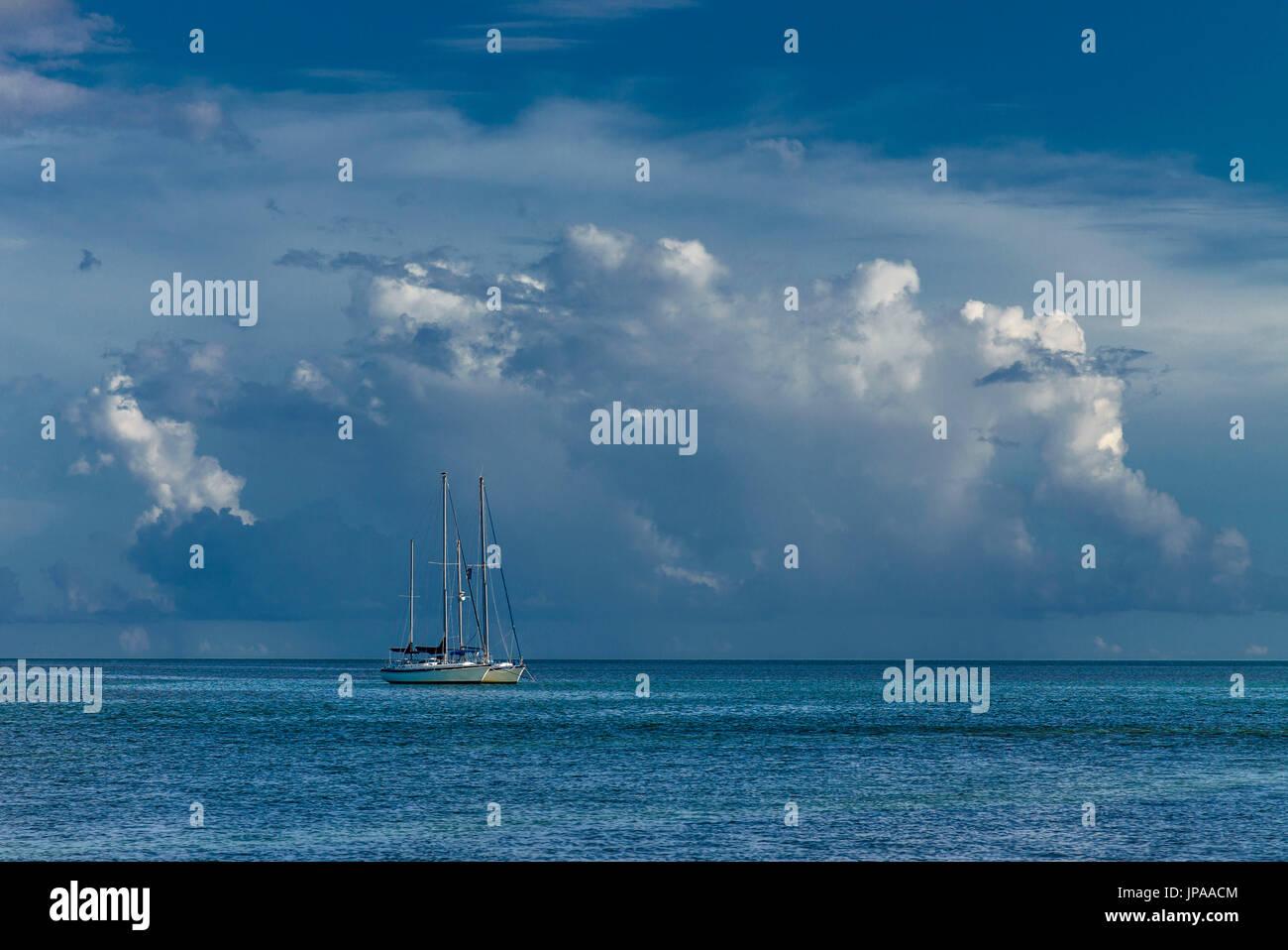 Anchored Vessel, Islamorada Key, Florida, USA - Stock Image