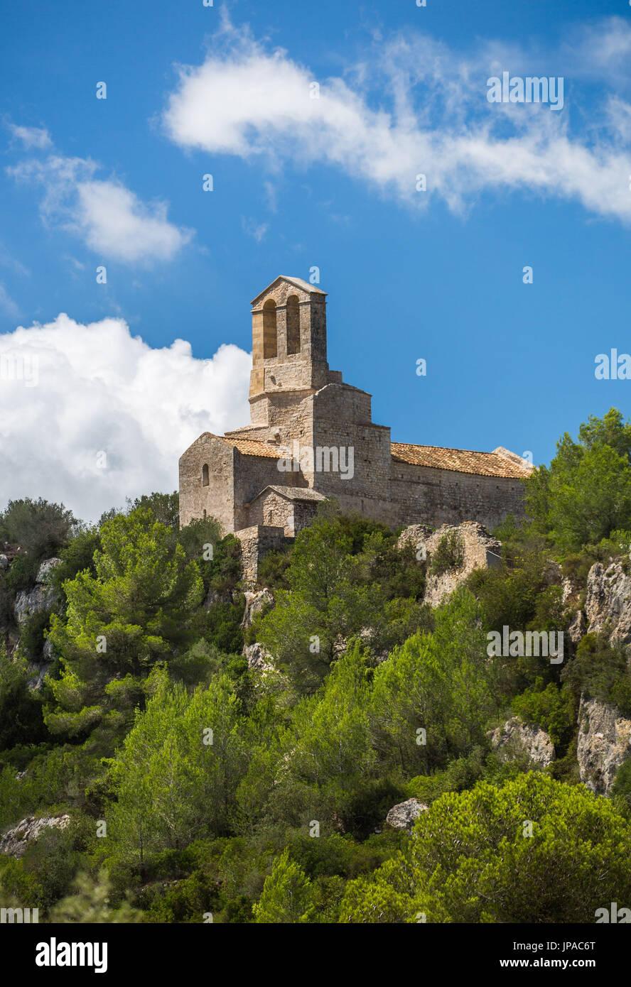Spain, Catalonia, Barcelona province, San MIquel Church, Olerdola Castle - Stock Image